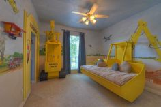 Construction theme kids room...Awesome!!  Make walls interact w/ furniture.  I was thinking the same for K's construction bedroom.