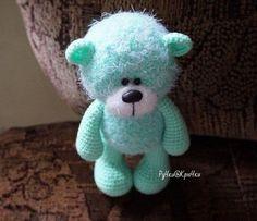 Watch This Video Incredible Crochet a Bear Ideas. Cutest Crochet a Bear Ideas. Crochet Bear, Cute Crochet, Crochet Animals, Crochet Crafts, Crochet Dolls, Bear Toy, Teddy Bear, Free Knitting Patterns Uk, Handmade Soft Toys