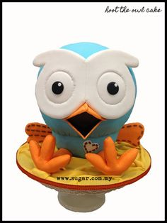 Hoot the owl cake - This cake was made specially for my son's fullmoon (first month after birth) celebration. It is nearly 1.5ft high and it's so perfect! It looks like a big edible soft toy… but it's all cake. Hope u guys like it too!  -- http://www.facebook.com/loveacupcake