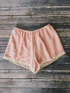 Peach tassel trim shorts with elastic band