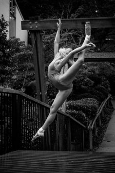 Ballet Photographer Vihao Pham | leap | jump | dance | dancer | ballerina | outdoors | outside | leotard | flexible | black  white photography | fly | jump | floating through the air | perfection |