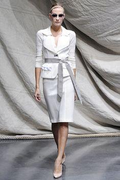 Graeme Black Spring 2009 Ready-to-Wear Fashion Show - Ismini Papazlasopoulou