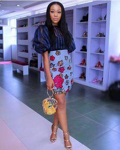 Must See Ankara Skirt Designs For Ladies - Afro Fahionista Short Ankara Dresses, Ankara Skirt, African Print Dresses, African Wear, African Fashion, Ankara Fashion, African Prints, Ankara Fabric, African Patterns