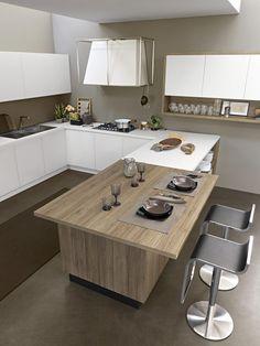 abbinamento raffinato tra laminato bianco e laminato legno per una cucina FIESOLE senza tempo