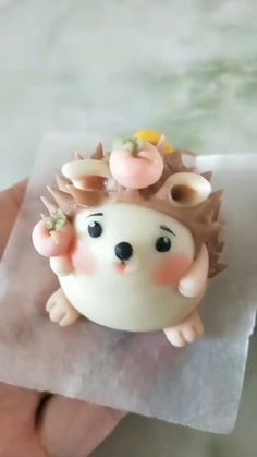Cute Polymer Clay, Cute Clay, Polymer Clay Crafts, Diy Clay, Clay Crafts For Kids, Food Crafts, Cake Decorating Videos, Cake Decorating Techniques, Fondant Cake Toppers
