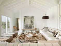 Design Mistakes: How Not to Design a Boring Neutral Room (Emily Henderson) Style At Home, Living Room Furniture, Living Room Decor, Living Room Designs, Living Spaces, Comfortable Living Rooms, Cozy Living, Small Living, Modern Living
