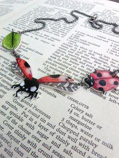 Lady birds, shrink plastic necklace, original artwork. €15,00, via Etsy.