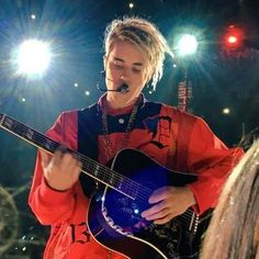 Music: Justin Bieber performs 'Love Yourself' 'Company' at iHeartRadio Awards 2016