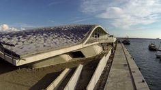 Dettaglio del rivestimento ceramico della copertura (novembre 2014) © Salerno Cantieri&Architettura