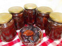 Rozi erdélyi,székely konyhája: Szilva nyersen eltéve Mason Jars, Apple Pie, Pickles, Tacos, Cream, Food, Winter, Creme Caramel, Winter Time