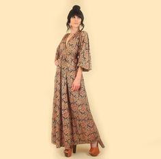 vintage Indian Cotton Dress Maxi Block Print Printed Kimono Sleeves 70s hellhoundvintage hellhound vintage hippie boho bohemian 1970s clothing clothes store shop fashion style influencer