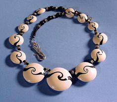 FREE TUTORIAL: Desiree's HowTo make Lentil Swirled Beads.