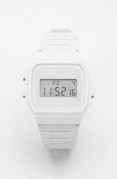 ALL WHITE CASIO