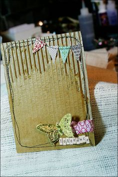 The tiny bunting in the corner! So sweet!