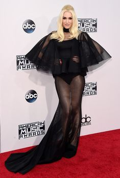 Recording artist Gwen Stefani attends the 2015 American Music Awards at Microsoft Theater on November 22, 2015 in Los Angeles, California.