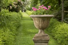 The Perfect Urn for any backyard, the Palais Arabesque Urn http://www.garden-fountains.com/Detail.bok?no=8056