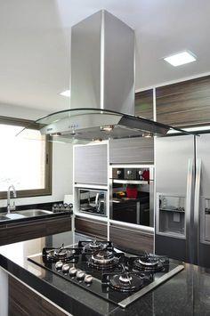 cozinha com ilha: Cozinhas modernas por Angela Meira arquitetura