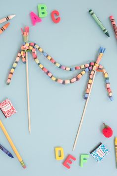 Mini Paper Chain Cake Topper DIY Balloon Decorations Party, Birthday Decorations, Diy Cake Topper, Balloon Cake, Happy Birthday Cake Topper, Paper Chains, Diy Banner, Crafts For Teens, Happy Day