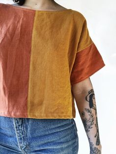 Easy Tee in Color Swap — Frond general sizing for boxy crop tops = s/m width: inches length: inches Look Fashion, Diy Fashion, Womens Fashion, Lolita Fashion, Fashion Dresses, Diy Clothing, Sewing Clothes, Elegantes Business Outfit, Diy Vetement
