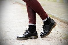 #fashion #shoes dr martens scarpe stringate vernice nera