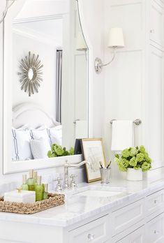 Bathroom Decor countertop Classic Bathroom Accessories for a Feminine bathroom. How to choose the right bathroom accessories for a classic bathroom. Decor, Feminine Bathroom, Interior, Classic Bathroom, Trendy Bathroom, Bathroom Countertops, Home Decor, Classic White Bathrooms, Marble Countertops Bathroom