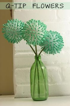 Q-Tip Flowers such a cute simple, cheap ideal.. could do this for my halloween wedding..
