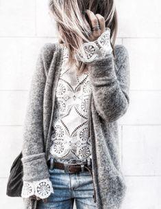 Blouse féminine ajourée sous gilet chaud - Bons plans mode