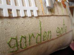 À lintérieur de mon jardin porte oreiller Style par PillowCottage