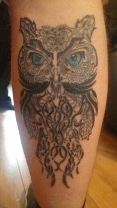Finished owl tattoo thanks to Pretty Scars Tattoo.