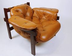 Vintage  60' Brazilian Style Leather Lounge Chair (Lafer Rodrigues Gillon era) #MidCenturyModernRetroBrazilian #ArmchairsLoungechairs