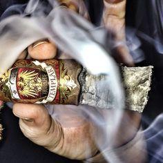 Gurkha Templar Cigar Best Alcohol, Good Cigars, Pipes And Cigars, Cuban Cigars, Just For Men, Cigar Smoking, Man Stuff, Scotch, Whisky
