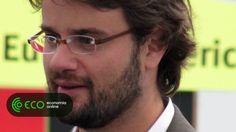 """Um dos donos da Padaria Portuguesa responde com ironia à polémica em torno das declarações do sócio sobre a legislação laboral. José Diogo Quintela diz não ter condições para """"explorar"""" funcionários."""