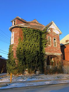 built in St. Louis in 1892...now in need of serious rehab or demolition.