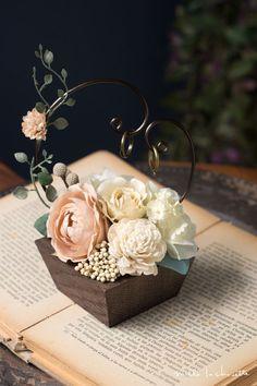 Diy Wedding Ring, Ring Holder Wedding, Ring Pillow Wedding, Wedding Gift Boxes, Rustic Wedding, Wedding Gifts, Wedding Centerpieces, Wedding Decorations, Engagement Ring Platter