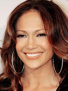 Some of the major earring trends happening today are simple sterling silver hoop earrings. Jennifer Lopez Photos, Earring Trends, Sterling Silver Hoops, Dark Hair, Hoop Earrings, Big Earrings, Long Hair Styles, Celebrities