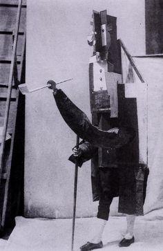 Pablo Picasso. Costume de Manager Français, 1917