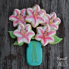 Jar of Lilies | Cookie Connection