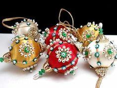 Sunrise PRESENT TRADITIONS Train Makes 4 Vtg Sequin Bead Christmas Ornament Kit