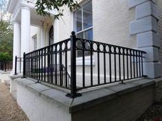 Unfamiliar balcony railing steel on this favorite site Source by larissaewilliams Garden Railings, Front Porch Railings, Patio Railing, Balcony Railing Design, Iron Stair Railing, Staircase Railings, Patio Roof, Balcony Grill, Iron Balcony
