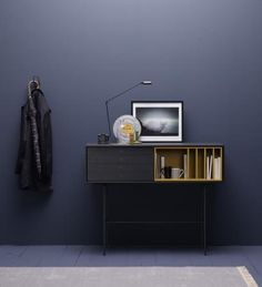 Stay up-to-date with the latest decorating trends, paint trends, interior paint design & renovation tips. Ideas Recibidor, Wall Colors, Colours, Eco Design, Home And Deco, Interior Paint, Decoration, Color Trends, Floating Nightstand