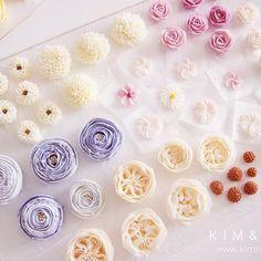 🍬🍭🍦 #bakingclass#buttercream#cake#baking#수제케이크#weddingcake#버터크림케이크#꽃#flowers#buttercake#플라워케이크#wedding#버터크림플라워케이크#specialcake#birthdaycake#flower#장미#rose#디저트#케이크#cupcake#dessert#food#beautiful#부케#bouquet#instacake#꽃스타그램#flowercake#peony @yoon2222222