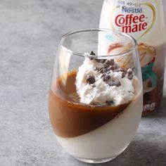 This panna cotta recipe is the perfect blend of sweet dessert and coffee! This healthy recipe is a must! Lemon Recipes, Low Carb Recipes, Cooking Recipes, Healthy Recipes, Clean Eating Recipes, Clean Eating Snacks, Eating Healthy, Panna Cotta, Dessert Boxes