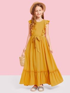Shop Girls Zip Back Ruffle Hem Dress online. SheIn offers Girls Zip Back Ruffle Hem Dress & more to fit your fashionable needs. Box Pleated Dress, Belted Dress, Girls Maxi Dresses, Little Girl Dresses, Shift Dresses, Dress Anak, Fashion Kids, Fashion Clothes, Latest Fashion