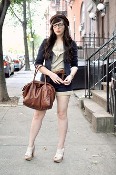 Perfect Texas brunch outfit. It's so weird that I'm wanting to stock up on shorts for fall. BUT i need to...