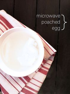 How to Poach Eggs in the Microwave - Foodess