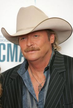Alan Jackson's Daughter Has Finally Opened Up And Revealed The Truth About Her Dad - Page 9 of 20 American Country Music Awards, Best Country Music, Country Music Stars, Country Music Singers, Country Boys, Alan Jackson Music, Allan Jackson, Tracy Lawrence, Joyce Taylor