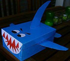 Knutselidee  shark from shoe box