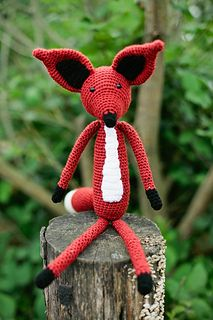 Mr Fox - Free by Jackie Laing of Amidorable Crochet Foxes & Wolves - Animal Crochet Pattern Round Up - Rebeckah's Treasures Stuffed Animal Patterns, Stuffed Animals, Mr Fox, Woodland Critters, Crochet Fox, Fox Pattern, Weird Creatures, Handmade Baby, Softies