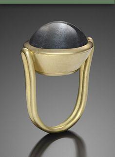 Michele Mercaldo: 18ky gold ring with 32ky aquamarine stone