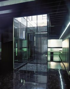 Adjaye Associates, Lost House. Glazed courtyards, resin floor, mirrored skylight, strip lighting. reflectivity.